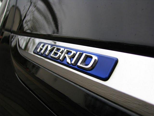 Diagnostyka Samochodów Hybrydowych oraz Elektrycznych, Dojazd do klienta, zadzwoń i umów wizytę. Nasz Mechanik/Informatyk naprawi twój samochód.