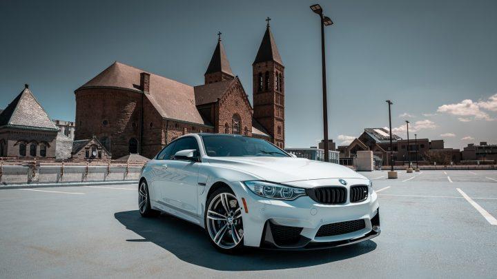 BMW M8i