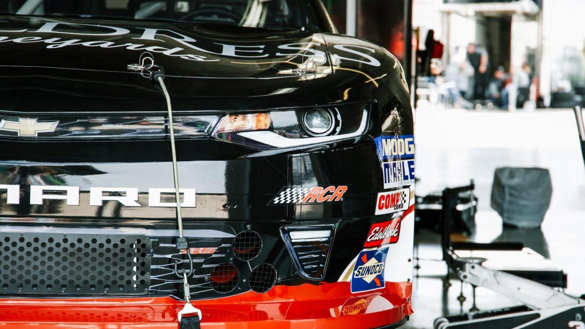 Mechanik i Serwis dla Aut Elektrycznych - Serwis Samochodowy